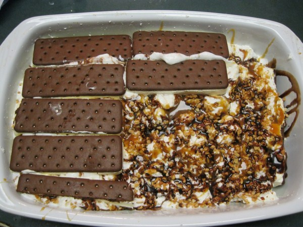 Cake Ice Cream Sandwich Recipe : Ice Cream Sandwich Cake